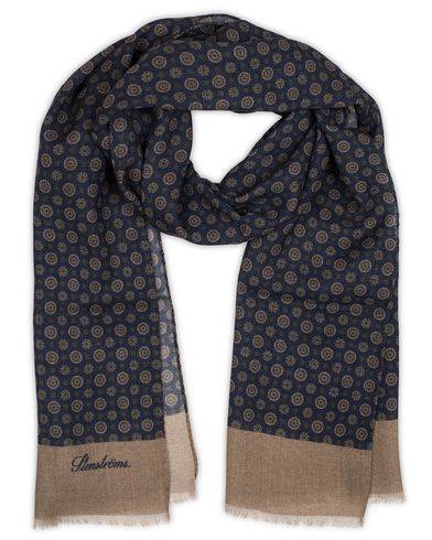 Stenströms Medallion Wool Scarf Navy  i gruppen Accessoarer / Scarves hos Care of Carl (13059710)