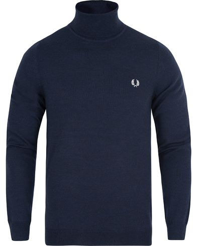 Fred Perry Merino Rollneck Sweater Carbon Blue Marl i gruppen Gensere / Pologensere hos Care of Carl (13064111r)