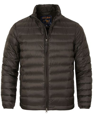 Woolrich Sundance Lightweight Jacket Rosin Green i gruppen Jackor / Tunna jackor hos Care of Carl (13066711r)