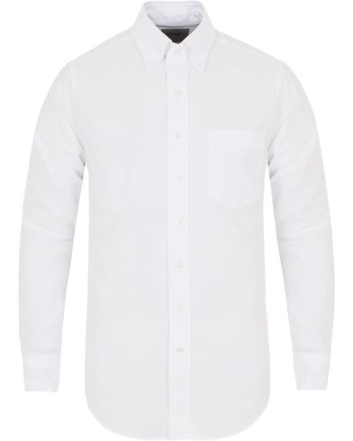 Drake's Slim Fit Oxford BD Shirt White i gruppen Klær / Skjorter / Oxfordskjorter hos Care of Carl (13076711r)