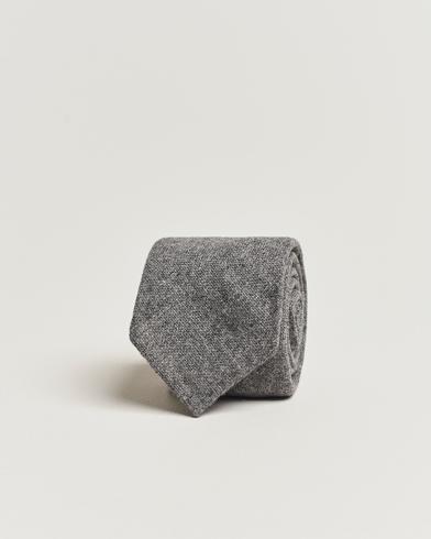 Drake's Cashmere 8 cm Tie Light Grey  i gruppen Assesoarer / Slips hos Care of Carl (13083610)