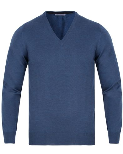 Gran Sasso Merino Fashion Fit V-Neck Pullover Blue i gruppen Tröjor / Pullovers / V-ringade pullovers hos Care of Carl (13085811r)