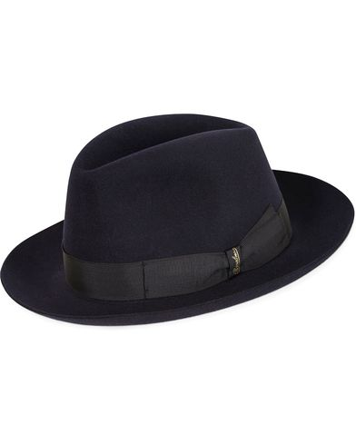 Borsalino Fedora Felt Hat Medium Brim Mirtillo Navy i gruppen Assesoarer / Hatter hos Care of Carl (13093211r)