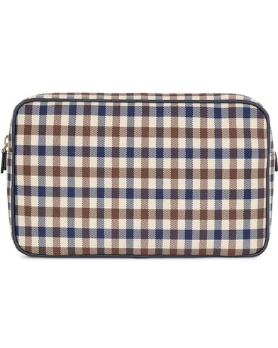 Aquascutum Club Check Washbag Brown Vicu�a  i gruppen V�skor / Necess�rer hos Care of Carl (13098710)