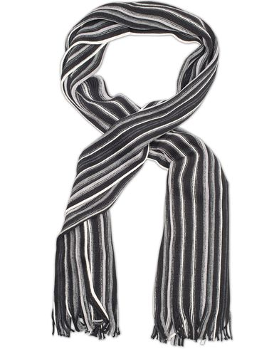 Amanda Christensen Winter Wool Scarf Thin Stripe Black/Grey  i gruppen Accessoarer / Halsdukar hos Care of Carl (13106710)
