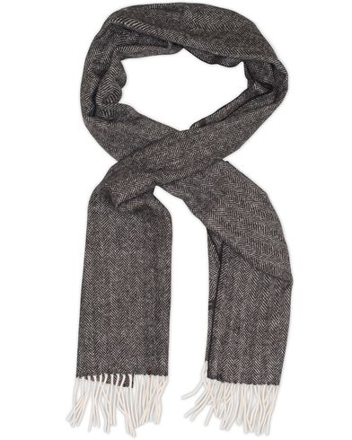 Amanda Christensen Winter Wool Herringbone Scarf Black  i gruppen Assesoarer / Skjerf hos Care of Carl (13107910)