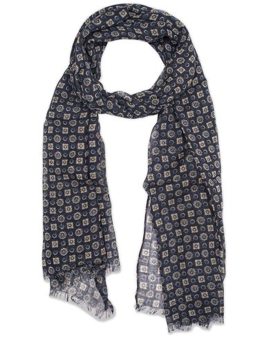Amanda Christensen Wool Medallion Scarf Navy  i gruppen Design A / Assesoarer / Scarves hos Care of Carl (13108210)