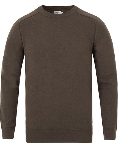 Filippa K Cotton Merino Sweater Black Forrest Melange i gruppen Tröjor / Pullovers / Rundhalsade pullovers hos Care of Carl (13111311r)
