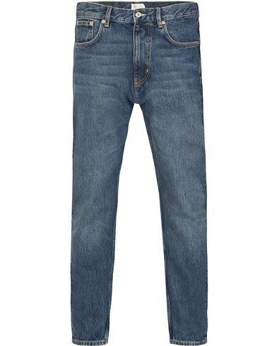 Gant Rugger The Jim Relaxed Fit Jeans Mid Blue i gruppen Jeans / Raka jeans hos Care of Carl (13122611r)