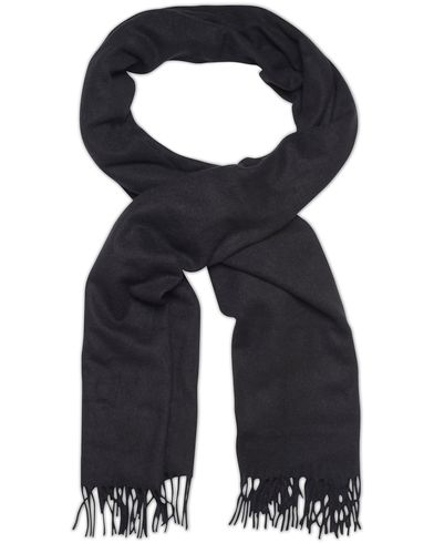 Gant Rugger Big Wool Scarf Black  i gruppen Accessoarer / Halsdukar hos Care of Carl (13123910)