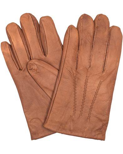 GANT Rugger Nappa Glove with Wool/Cashmere Lining Brown i gruppen Sesongens nøkkelplagg / Hanskene til spaserturen hos Care of Carl (13124011r)