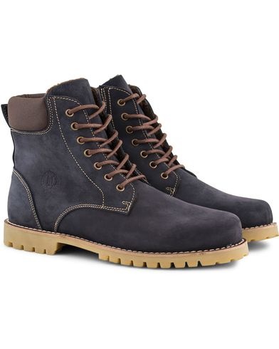 Henri Lloyd Forest Boot Navy i gruppen Skor / Kängor / Snörkängor hos Care of Carl (13124211r)