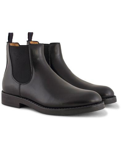 GANT Oscar Chelsea Boot Calf Black i gruppen Skor / Kängor / Chelsea boots hos Care of Carl (13125911r)