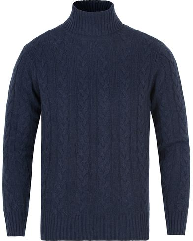 Hackett The Submariner Cable Roll Neck Indigo i gruppen Gensere / Pologensere hos Care of Carl (13131311r)