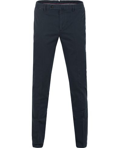 Hackett Kensington Slim Fit Chino Navy i gruppen Bukser / Chinos hos Care of Carl (13134311r)