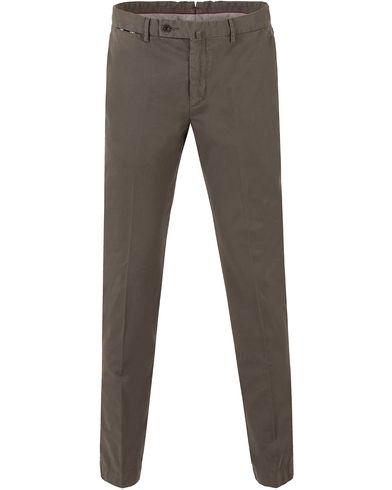 Hackett Kensington Slim Fit Chino Range Olive i gruppen Klær / Bukser / Chinos hos Care of Carl (13134611r)
