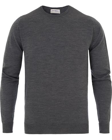 John Smedley Marcus Easy Fit Fine Merino C-Neck Pullover Charcoal i gruppen Tröjor / Pullovers / Rundhalsade pullovers hos Care of Carl (13143411r)