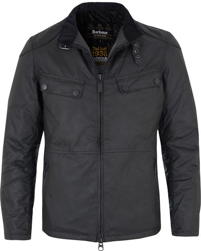 Barbour International Valve Wax Jacket Black i gruppen Jackor / Vaxade jackor hos Care of Carl (13145011r)