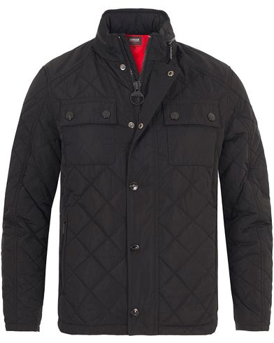 Barbour International V Twin Box Quilt Jacket Black i gruppen Kläder / Jackor / Quiltade jackor hos Care of Carl (13146211r)