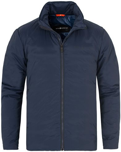 Sail Racing Stretch Down Link Jacket Navy i gruppen Kläder / Jackor / Tunna jackor hos Care of Carl (13150411r)