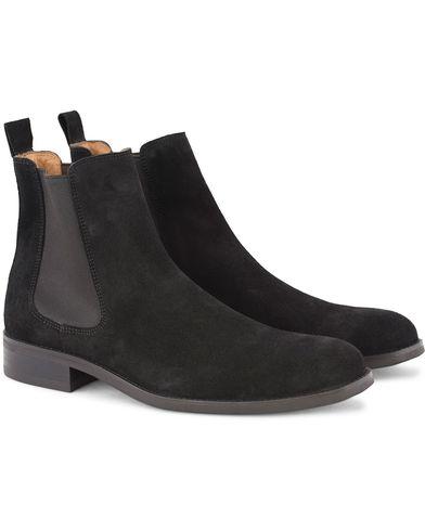 Morris Chelsea Suede Boots Black i gruppen Skor / Kängor / Chelsea boots hos Care of Carl (13159011r)