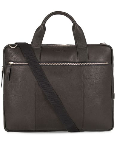 Tiger of Sweden Emil Leather Briefcase Washed Black  i gruppen Vesker / Dokumentvesker hos Care of Carl (13162110)