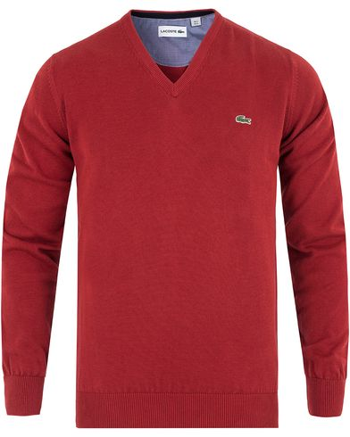 Lacoste Cotton Pullover V-Neck Passion Red i gruppen Kläder / Tröjor / Pullovers / V-ringade pullovers hos Care of Carl (13173411r)