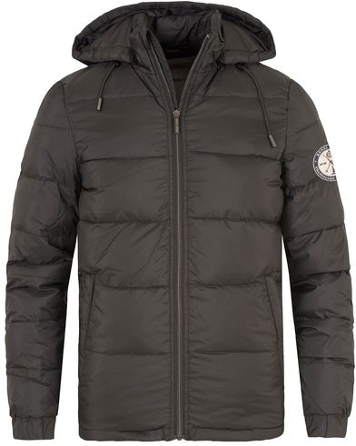 Henri Lloyd Kennington Down Jacket Jet Black i gruppen Kläder / Jackor / Vadderade jackor hos Care of Carl (13174811r)