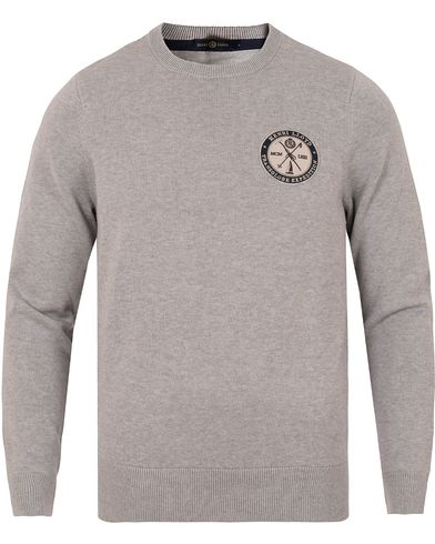 Henri Lloyd Saighton Regular Crew Neck Knit Grey Marl i gruppen Tr�jor / Stickade Tr�jor hos Care of Carl (13175411r)