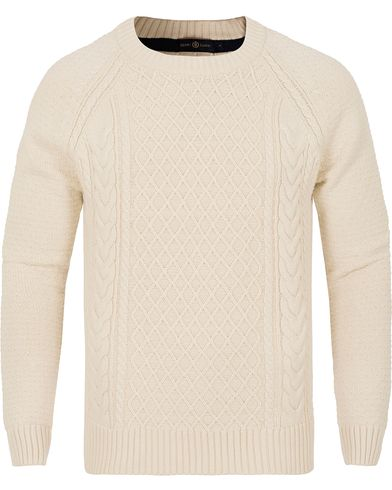 Henri Lloyd Kents Regular Crew Neck Knit Winter White i gruppen Tröjor / Stickade tröjor hos Care of Carl (13176611r)