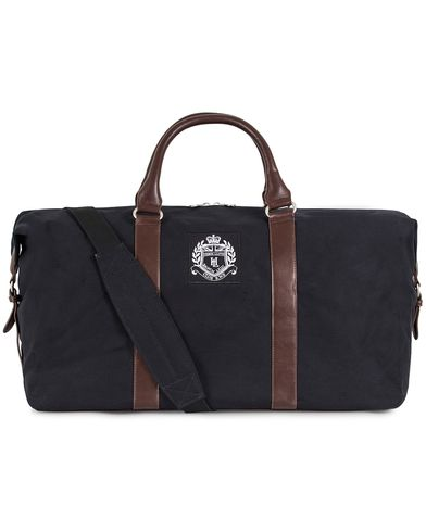 Henri Lloyd Hayton Weekender Black  i gruppen Väskor / Weekendbags hos Care of Carl (13178010)