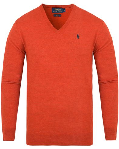 Polo Ralph Lauren Stretch Merino V-neck Pullover Sportsman Orange i gruppen Kläder / Tröjor / Pullovers / V-ringade pullovers hos Care of Carl (13187411r)