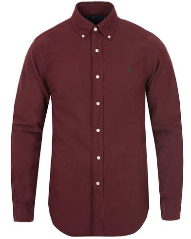 Polo Ralph Lauren Slim Fit Garment Dyed Oxford Shirt Harward Wine Red i gruppen Skjorter / Oxfordskjorter hos Care of Carl (13195811r)