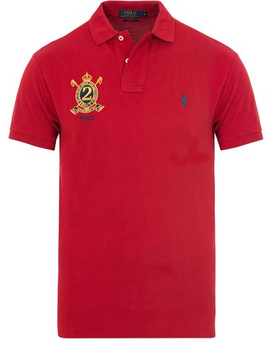 Polo Ralph Lauren Core Fit Crest Polo Shirt Pioner Red i gruppen Klær / Pikéer / Kortermet piké hos Care of Carl (13200011r)