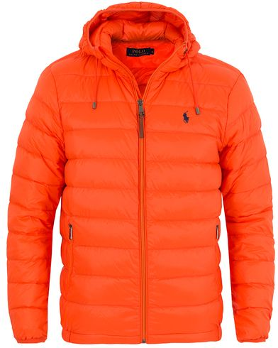 Polo Ralph Lauren Lightweight Down Jacket Active Orange i gruppen Klær / Jakker / Vatterte jakker hos Care of Carl (13201911r)