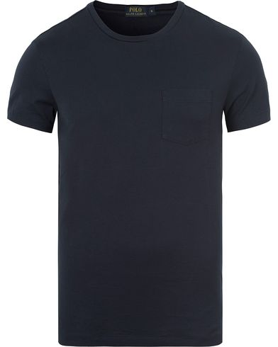 Polo Ralph Lauren Luxury Jersey Pocket Tee Aviator Navy i gruppen T-Shirts / Kortärmade t-shirts hos Care of Carl (13205711r)