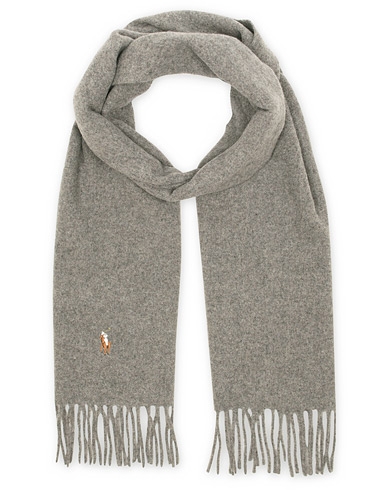 Polo Ralph Lauren Signature Scarf Fawn Grey  i gruppen Assesoarer / Skjerf hos Care of Carl (13207610)