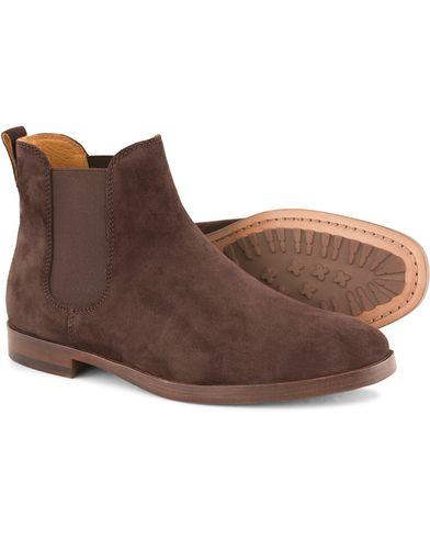 Polo Ralph Lauren Dillian 2 Chelsea Boot Dark Brown Suede i gruppen Sko / St�vler / Chelsea boots hos Care of Carl (13214311r)
