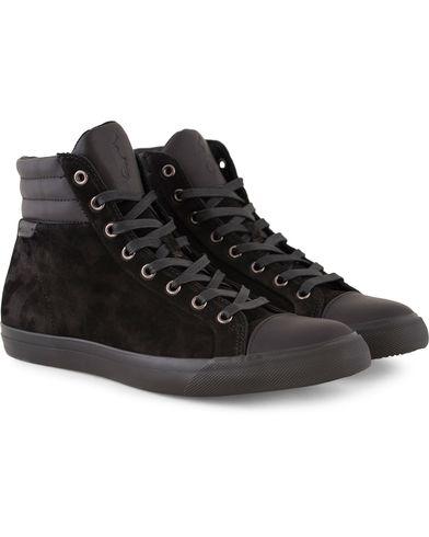 Polo Ralph Lauren Geffron Mid Sneaker Black/Black i gruppen Sko / Sneakers / Sneakers med høyt skaft hos Care of Carl (13216211r)