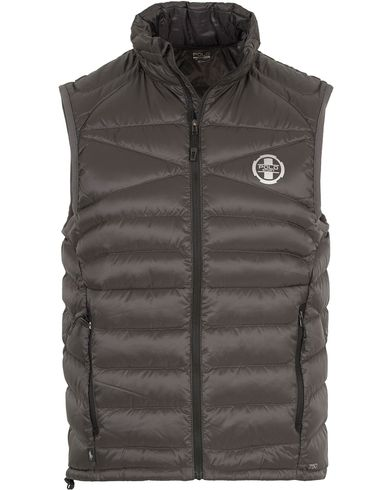 Polo Sport Ralph Lauren Lightweight Vest Dark Graphite i gruppen Jackor / Ytterv�star hos Care of Carl (13226511r)