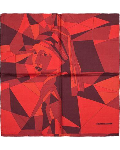 Turnbull & Asser Girl with the Pearl Earring Silk Handkerchief Red/Burgundy i gruppen Assesoarer / Lommet�rkl�r hos Care of Carl (13230310)