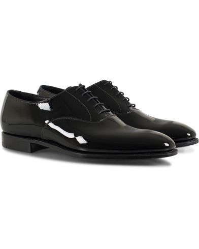 Crockett & Jones Overton Oxfords Black Patent i gruppen Skor / Lackskor hos Care of Carl (13234911r)