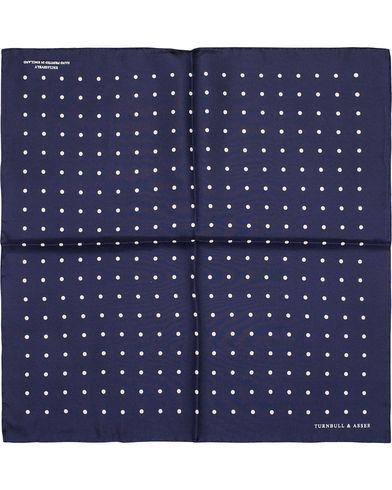 Turnbull & Asser Silk Dot Handkerchief Navy  i gruppen Accessoarer / Näsdukar hos Care of Carl (13236910)