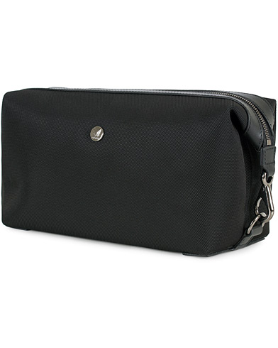 Mismo M/S Nylon Washbag Black/Black  i gruppen Vesker / Toalettmapper hos Care of Carl (13242210)