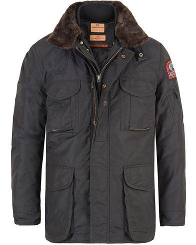 Parajumpers Portland Masterpiece Jacket Antracite i gruppen Klær / Jakker / Vatterte jakker hos Care of Carl (13244411r)