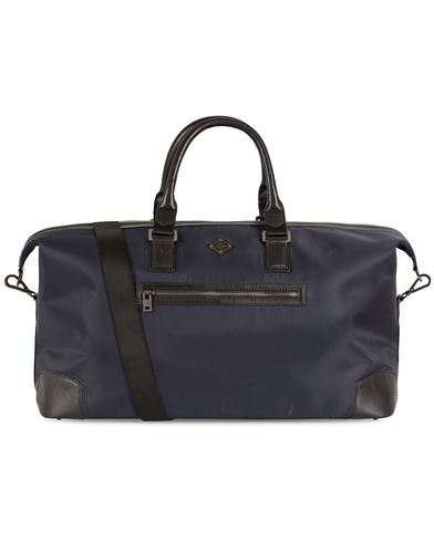 J.Lindeberg Bob Nylon Weekendbag Navy/Black  i gruppen Vesker / Weekendbager hos Care of Carl (13247610)