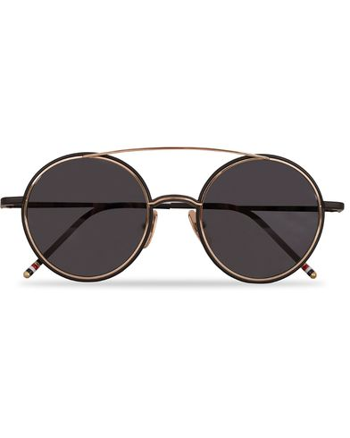 Thom Browne TB-108 Sunglasses Black Iron/12 Carat gold  i gruppen Accessoarer / Solglasögon / Runda solglasögon hos Care of Carl (13249310)