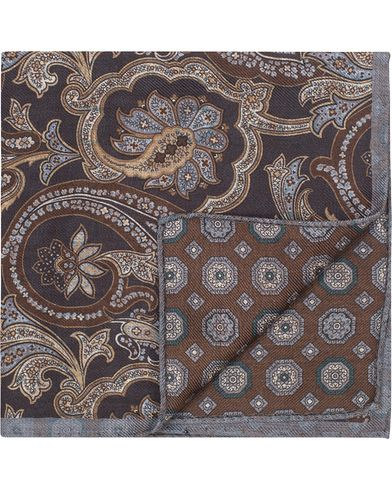 Oscar Jacobson Twofaced Paisley/Medallion Pocket Square Brown/Blue  i gruppen Assesoarer / Lommet�rkl�r hos Care of Carl (13257210)