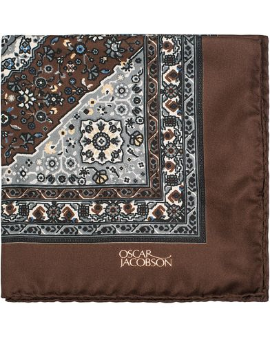 Oscar Jacobson Carpet Design Paisley Pocket Square Brown  i gruppen Assesoarer / Lommetørklær hos Care of Carl (13257410)