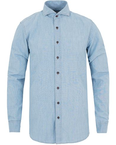 Oscar Jacobson Herman 2 Chambray Shirt Light Blue i gruppen Skjortor / Jeansskjortor hos Care of Carl (13259911r)